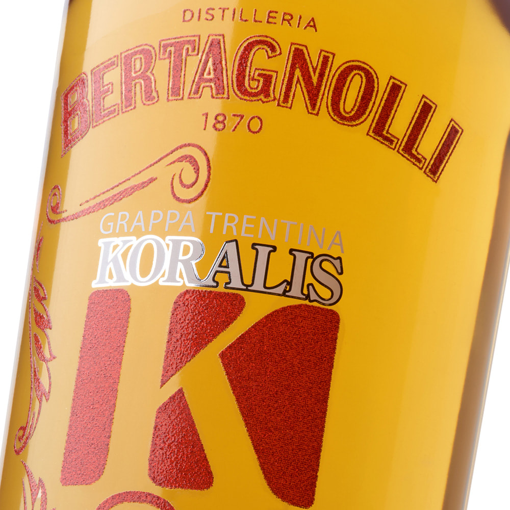 Bertagnolli - No Label Look, lamina